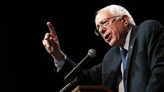 Bernie Sanders' Presidential Campaign Staffers Are Unionizing
