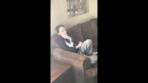Boy freaks out seeing 'Alien' chestburster scene for the first time