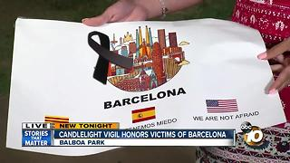 San Diegans honor Barcelona attack victims - Video