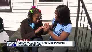 Girl who cannot speak breaks her silence with song - Video