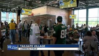Packers fans have new way to tail gate at Johnsonville Tailgate Village - Video