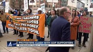 Protesters clash with Gov. Walker supporters outside Milwaukee event - Video