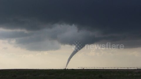 Tornado touches down in northern Oklahoma
