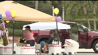 Community helps family of Palm Beach Gardens mother who was shot and killed