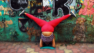 Curvy Yogi Promotes Body Positivity On The Streets Of Mumbai - Video