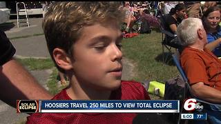 Hundreds travel out of Indiana to see the solar eclipse - Video