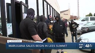 Kansas City area's 1st medical marijuana sale made Monday in Lee's Summit