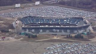 Watch as crews successfully implode the Pontiac Silverdome - Video
