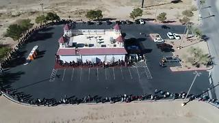 Hundreds line up in Primm in hopes of scoring a winning lotto ticket - Video