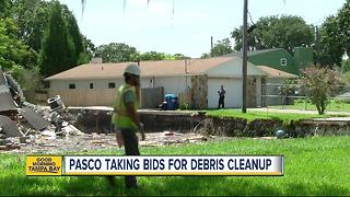 Pasco County gives Land O' Lakes sinkhole victims ultimatum to clean up and secure their properties - Video