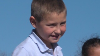 Hudson boy gives up Christmas presents - Video