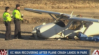 Small plane crash lands in Lee's Summit park - Video