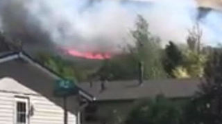 Residents Forced to Evacuate Homes After Grass Fire Sparks in Evanston, Wyoming - Video
