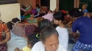 Residents Seek Refuge as Mount Agung Evacuation Zone Expands - Video