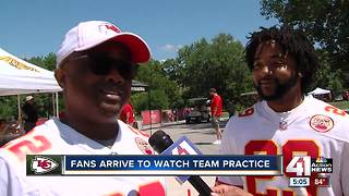 Fans arrive to watch team practice - Video