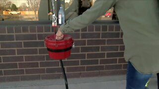 Salvation Army and 211 offering holiday assistance