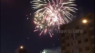 Independence rally in Erbil, Iraq ends with huge fireworks display - Video
