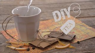 DIY Tea: Grapefruit, jasmine and white tea parcels - Video