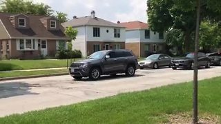 Police, FBI search for wanted suspect on Milwaukee's north side - Video