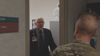 Dad breaks down when son returns home early from Afghanistan - Video