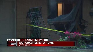 Car crashes into West Allis home