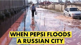 PepsiCo's juice factory bursts and floods Russian city - Video