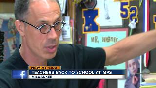 MPS teachers head back to school - Video