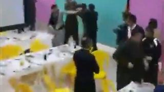 Wedding party turns into a chaos - Video