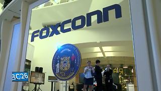 Wisconsin board approves Foxconn contract terms - Video