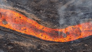 Drone Video Captures River of Lava Flowing From Mount Etna - Video