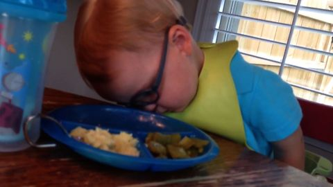 Cute Kid Can't Stay Awake To Eat His Food