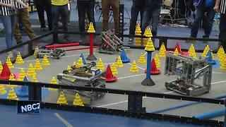 Robotics competition held in Neenah - Video
