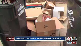Don't place boxes from Christmas gifts on curb for pick-up - Video
