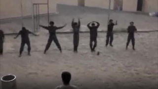 20170825_Iraqi Soldiers Can't Do Jumping Jacks - Video