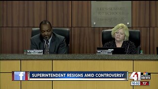 Lee's Summit superintendent resigns amid controversy