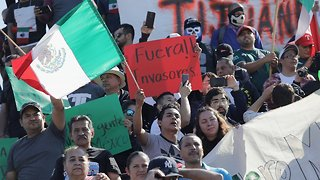 Residents Protest Arrival Of Migrants In Tijuana, Mexico - Video