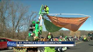 Thousands line highway for Erin's St. Patrick's Day Parade - Video