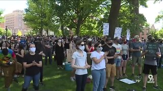 Religious leaders, activists gather in Washington Park to discuss policy change