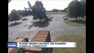 Small plane's pilot survives crash - Video
