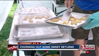 Teen runs cookie stand - Video