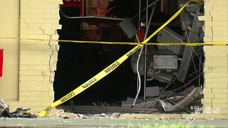 Man killed after crashing into back of strip mall in St. Petersburg