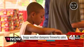 Fireworks stands fight rainy 4th of July in KC - Video