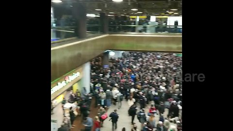 Delays and chaos at Port Authority Bus Terminal as snow storm batters New York City