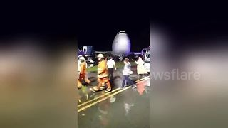Passengers rescued from Boeing 747 after it skidded off runway - Video