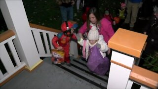 """We're playing it safe"": Some parents opting out of trick-or-treating this year"