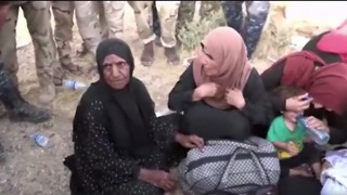 Families Evacuated From Town Near Tal Afar Amid Intense Fighting - Video
