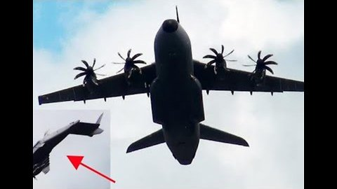 Airbus A400M Shows Off Impressive 'Backflip Loops' at Air Show