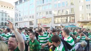 Boy leads Celtic chants in Munich ahead of Champions League game - Video
