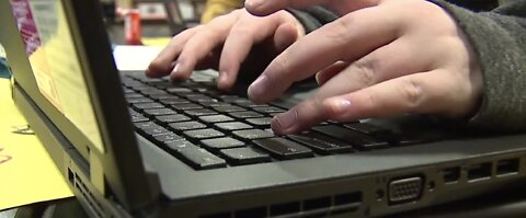 CCSD seeks donations as thousands of students still need laptops for distance learning