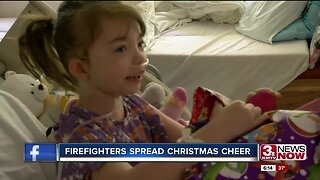 Firefighters Spread Christmas Cheer